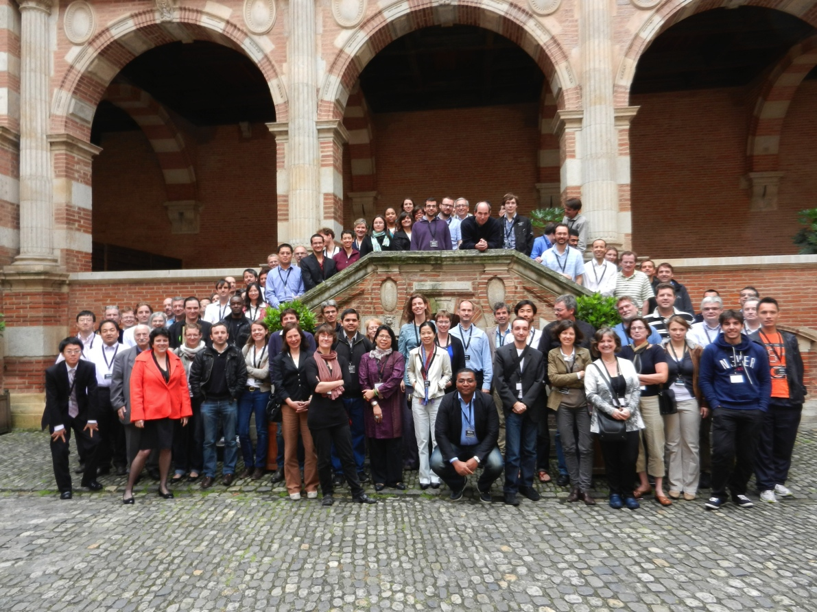 GEIA 15th Conference group photo.